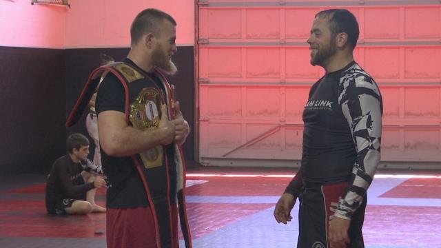 Springfield teacher takes his talents to the octagon