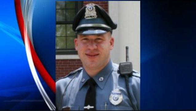 Off-duty police officer killed after hitting tractor-trailer