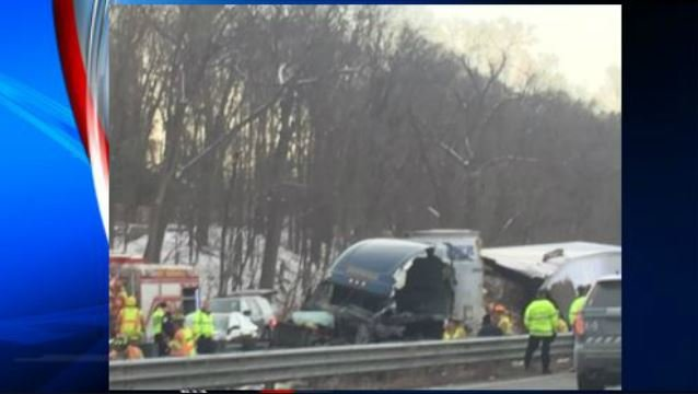 Multiple vehicles involved in fatal crash on I-91