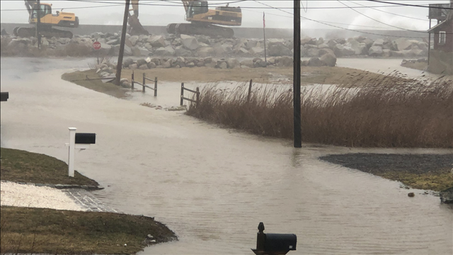 Coastal flooding in Scituate, MA Image Courtesy: MGN Online/ WFXT / Twitter