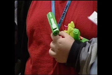 Sale of toy guns banned at parade