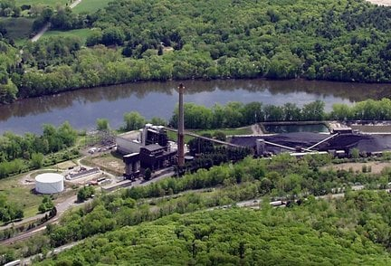 An overhead pictured of Mount Tom Station along I-91 in Holyoke (MassLive).