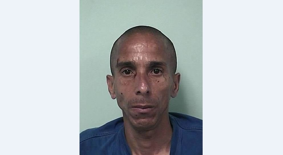 Mug shot of 46-year-old Carlos Leon. (Springfield Police Department)