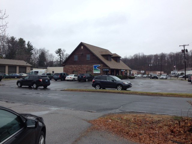 Police have confirmed that the Holyoke Credit Union on Washington Avenue in Agawam was robbed on Tuesday morning.
